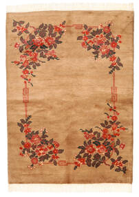 China 90 Line Rug 138X188 Authentic  Oriental Handknotted Brown/White/Creme (Wool, China)